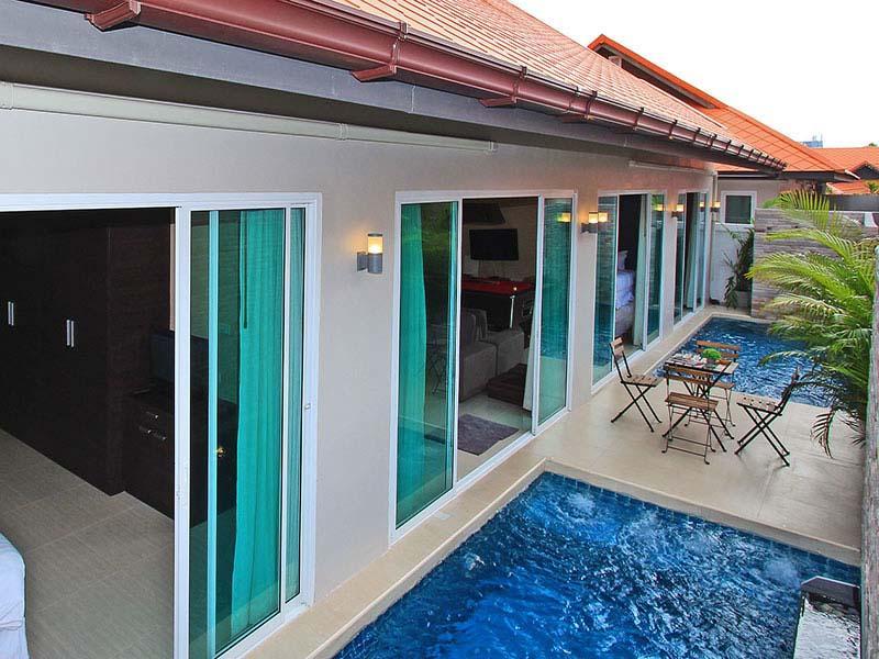 รีวิว บ้านพักพัทยาสระว่ายน้ำส่วนตัว 6 คน