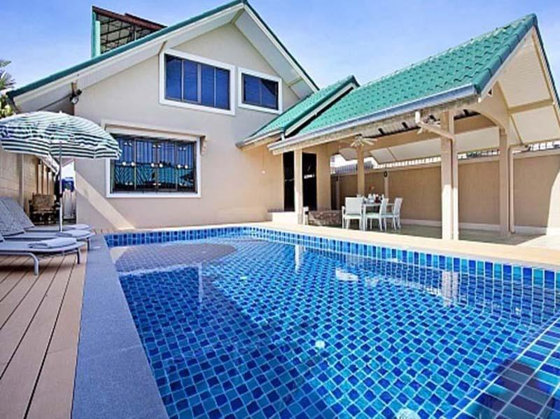 รีวิวบ้านพักพัทยาสระว่ายน้ำส่วนตัว 4 คน